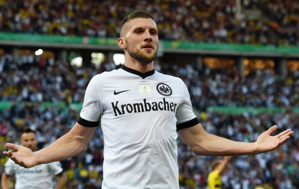 Rebic joins Milan as Silva moves to Eintracht